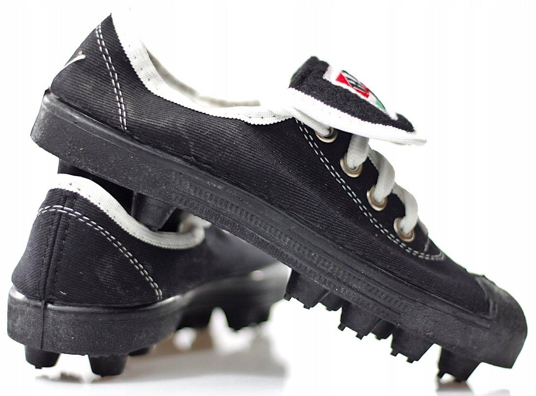 Buty piłkarskie, korkotrampki HEK